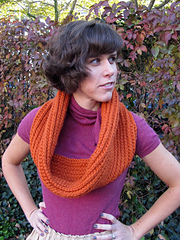 Crochet-circle-scarf-pattern_small