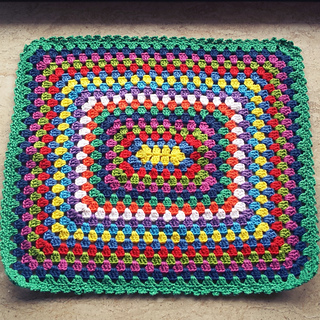 Ravelry Granny Square Doll Blanket Pattern By Catarina Bandeira
