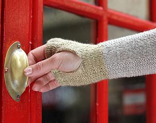 Kettle_yarn_co_wristwarmersdetail_small2