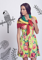 Macaw_shawl_small_best_fit