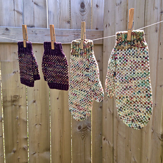 In_a_fog_mitten_pattern_by_allison_o_mahony__kniterations