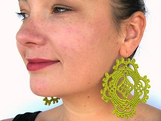 Happy_earrings_green_small2