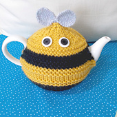 Bee_cosy_front_2_ed_small_best_fit