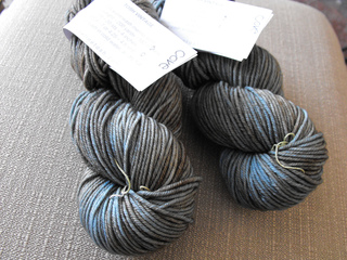 Yarn_madelinetosh_vintage_in_cove_small2