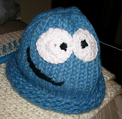 Bloo_hat_small