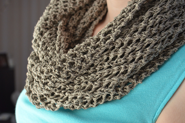 summer lattice cowl