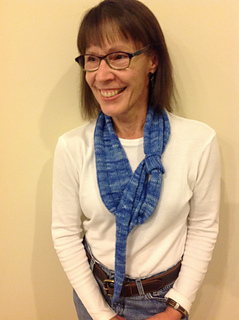 Blue_perfect_pitch_scarf_2_small2