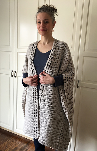 Ravelry Crochet Wrap Me Up Ruana Pattern By Sonja Hood Knot