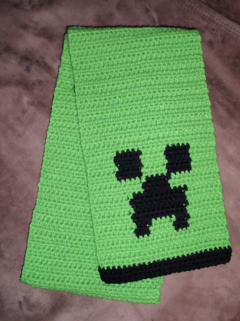 Ravelry Creeper Scarf Pattern By April Garcia