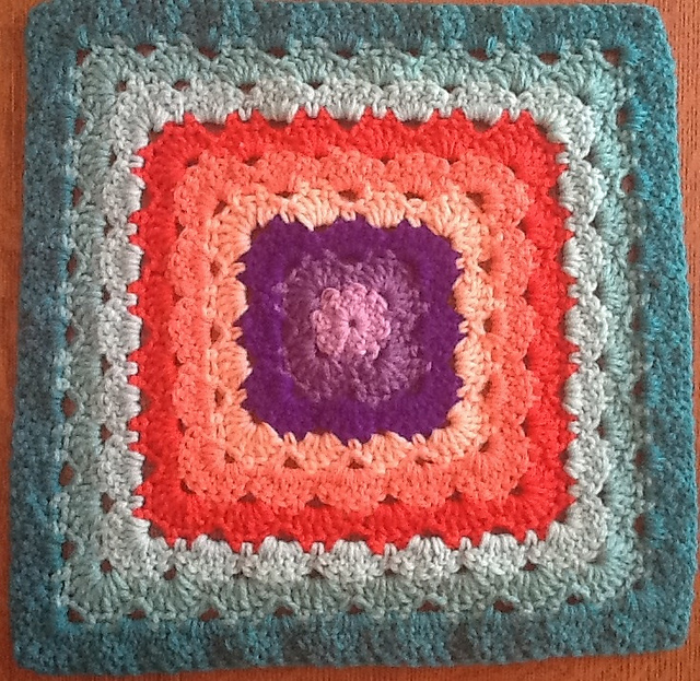 Ravelry Four 12 Shell Stitch Granny Square Variations Pattern By
