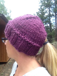 Ravelry  Quick Ponytail Hat pattern by Kristina Cotterman c509e4b0d59