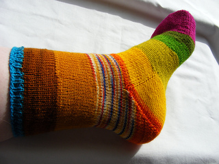 Wm_stripey_socks__9__small2
