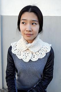 Lolo-wang-scarf-collar_small2
