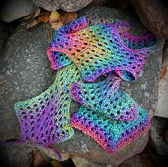 Ldragonscarf_small