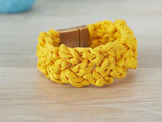 Knotted_cuff_2_small2