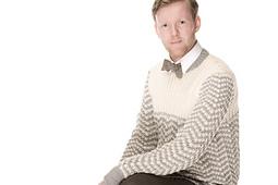 Sunday_morning_men_s_sweater_rav_small_best_fit