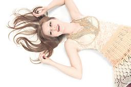 Skirt_f_laura_zukaite-0013_small_best_fit