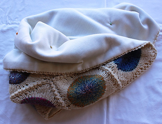 Img_0721_baby_b_pop_blanket_front_and_back_s_small2