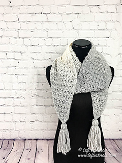 d04c9c05e9ed7 Ravelry: Icicles Scarf pattern by Megan Meyer