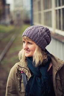 Tied Knots hat from Justyna Lorkowska on Ravelry