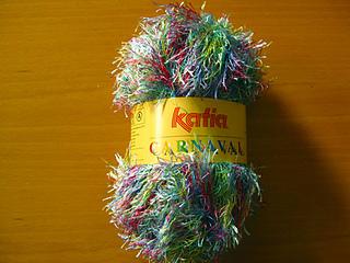 Katia-carnaval-rainbow_sm_small2