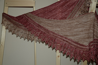 Best_friends_shawl_small2