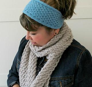 Ravelry  Bella Headband pattern by Lilia Vanini 804d3884f1e4
