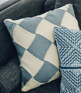 Yeadon_kirkstall_cushions_1_small2