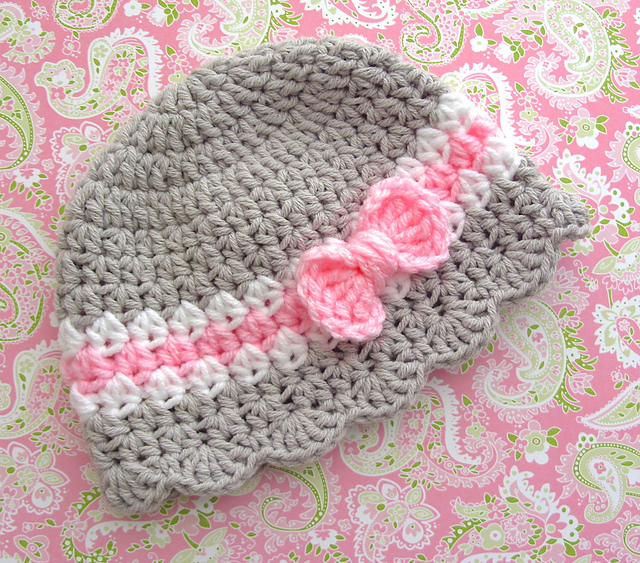 Ravelry Baby Girl Hat With Bow Pattern 7 Pattern By Lisa Corinne