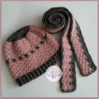 Hat_and_skinny_scarf_small2