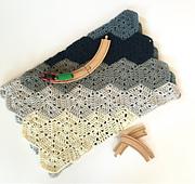 Chunky_hexi_blanket_crochet_pattern_baby_boy_small_best_fit