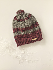 Dreaming_of_the_slopes_winter_hat_in_cranberry_and_grey_too_small
