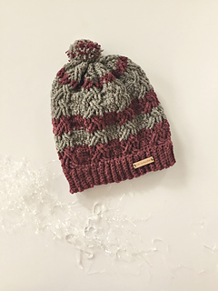 facc5469bb5 Ravelry  Dreaming of the Slopes Hat pattern by Angela Plunkett