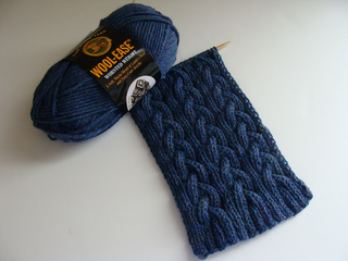 Blue_cable_scarf_2_small2