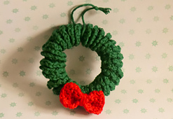 Christmas_wreath_small_best_fit