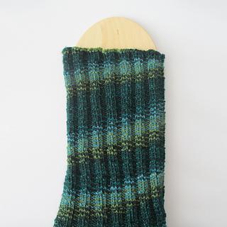 102914_kelp_socks_4_small2