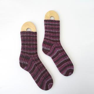 1101014-purple-stripe-socks-1_small2