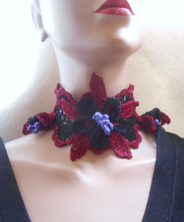 Dark_columbine_choker_013_small2