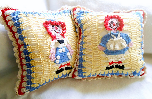 Raggedy_pillows_024_medium