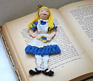 Alice_in_wonderland_015_small2