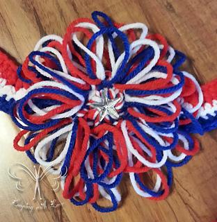 Patriotic_loop_flower_small2