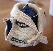 Retro_tea_cosy__800x771__small_best_fit