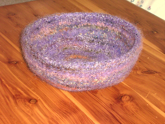 Ravelry Large Shallow Felted Bowl Pattern By Deborah Gray