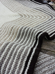 Gradient_shawl1_small