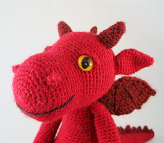 Ravelry Cuddly Dragon Amigurumi Pattern By Lucy Collin