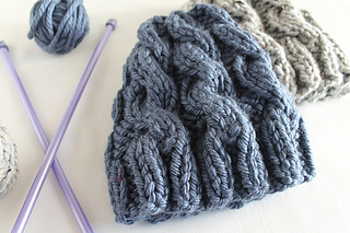 Ravelry  Chunky Cable Hat pattern by Lula Lousie 498627e02de