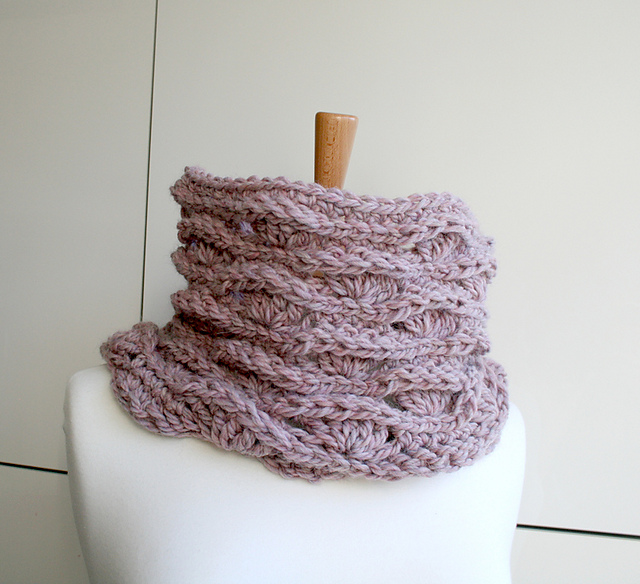 Ravelry Super Chunky Snood 192 Pattern By Luz Mendoza