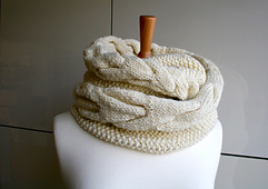 Cable_loop_scarf_17_-_1__7__small_best_fit