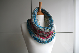Colour_stripes_cowl_241_-_1__3__small_best_fit