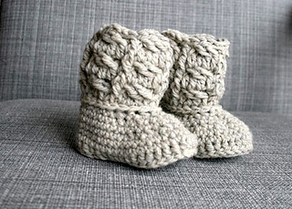 Cable_baby_booties_-_1__3__small2